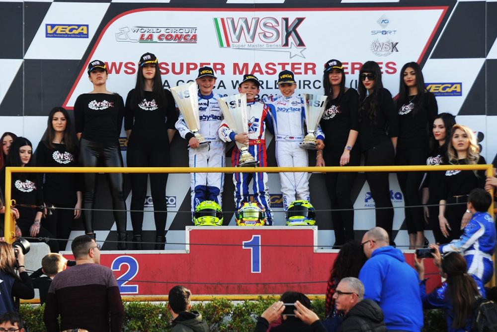 19-03-10_60Mini_podium