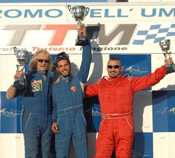 FotoAMBROSI-podioAR33gara-1