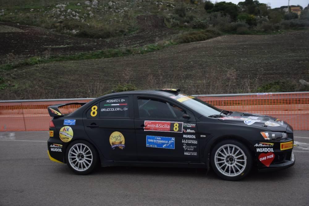 Luigi Bruccoleri Ivan Rosato in azione su Mitsubishi Evo X
