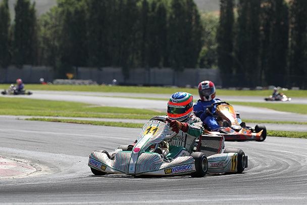 Alessandro Piccini al Circuito di Siena impegnato nel tratto di pista riasfaltato.